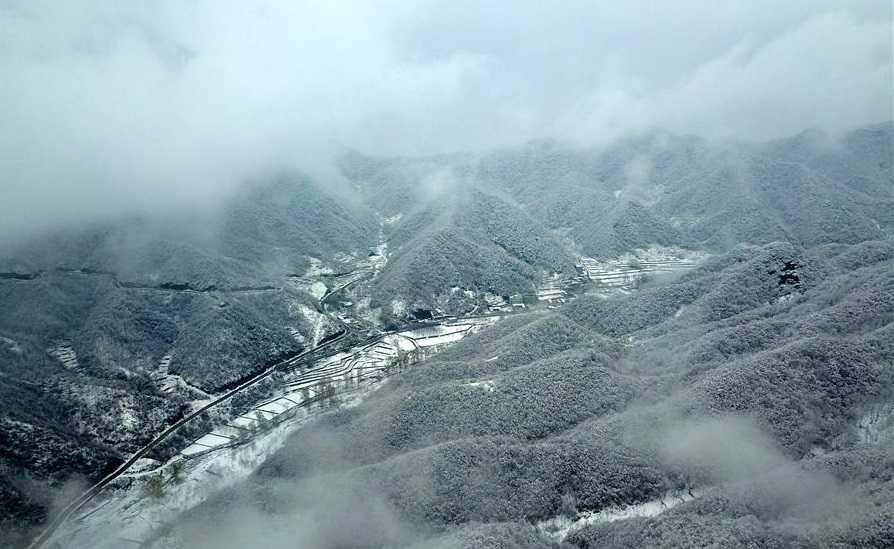 Snow scenery of Taihang Mountain found in north China
